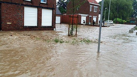 Belgia - Ulewne deszcze i rzeki błota -1