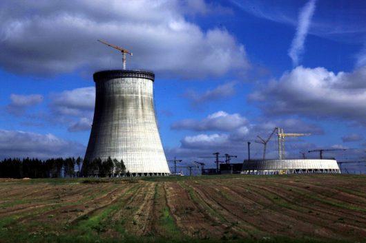 Białoruś buduje pierwszą elektrownię atomową