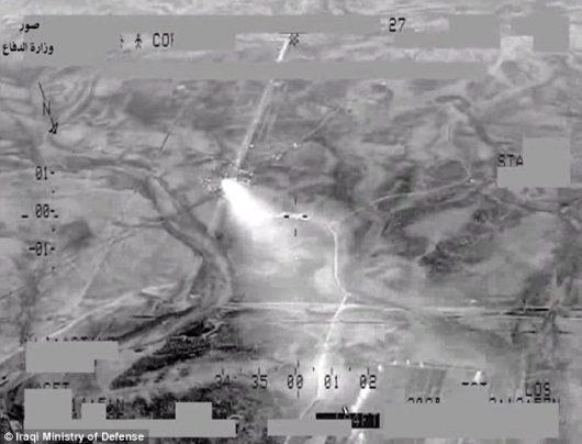 Faludża, Irak - Potężny nalot na dżihadystów, ogromne straty