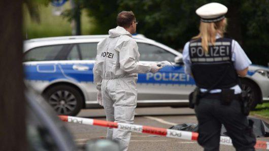 Hamburg, Niemcy - Nieznany sprawca postrzelił rowerzystę -2