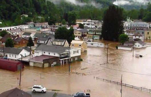 Historyczna powódź w Wirginii