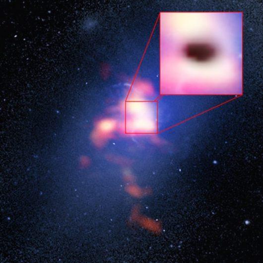 Najjaśniejsza galaktyka w gromadzie Abell 2597