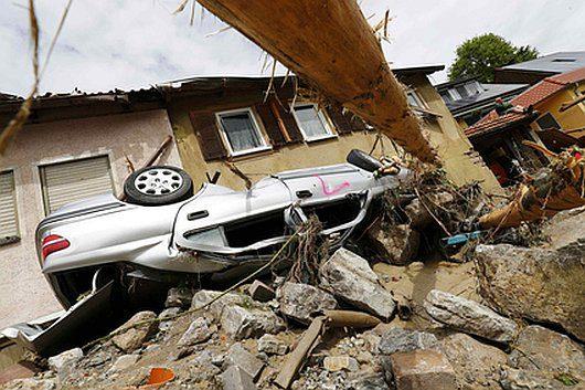 Niemcy - Na południu kraju ogłoszono stan klęski powodziowej -17