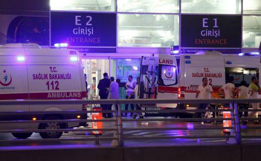 Turcja - Dwie eksplozje i strzelanina na lotnisku Ataturka w Stambule -2