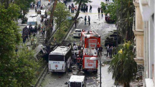 Turcja - Zamach bombowy w centrum Stambułu