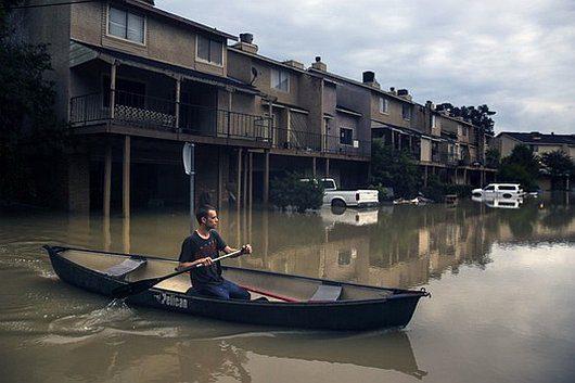 USA - Ogromna powódź w Teksasie zabiła już 16 osób -2