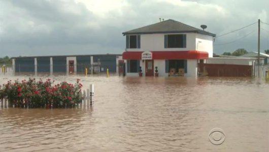 USA - Ogromna powódź w Teksasie zabiła już 16 osób -3