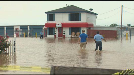 USA - Ulewne deszcze spowodowały powódź w Teksasie -14