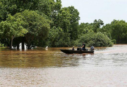 USA - Ulewne deszcze spowodowały powódź w Teksasie -5