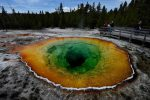 USA - W Yellowstone turysta wpadł do gorącego źródła -2
