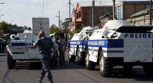 Armenia - Coraz groźniejsza sytuacja w Erywaniu -1