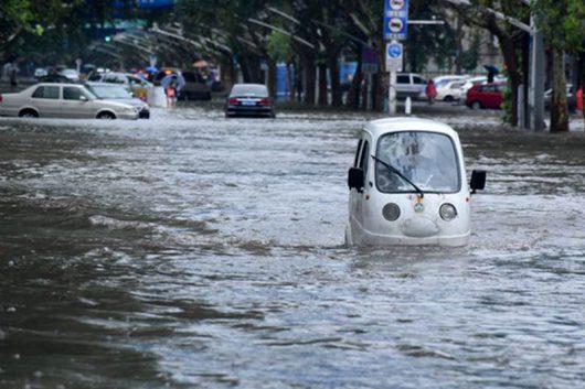 Chiny - Pekin sparaliżowany, pada bez przerwy od kilku dni -13