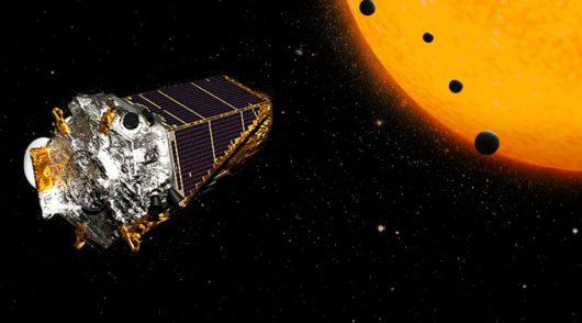Kepler odkrył ponad 100 planet pozasłonecznych Kredyt: NASA/JPL