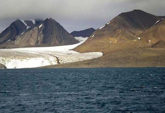 Lodowiec na archipelagu Svalbard