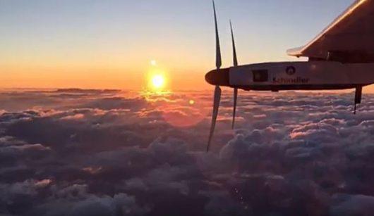 Solar Impulse 2 kończy ostatni etap lotu dookoła świata
