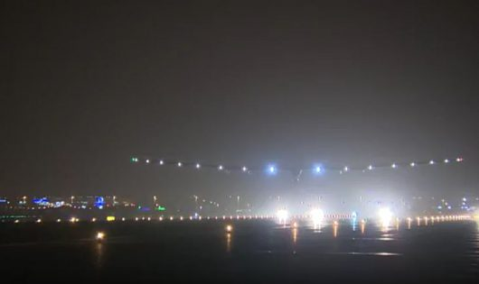 Solar Impulse 2 kończy ostatni etap lotu dookoła świata2