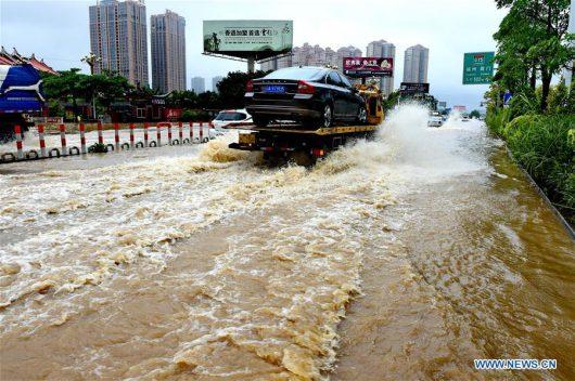 Tajfun Nepartak dotarł do Chin, ewakuowano ponad 422 tysiące osób -2