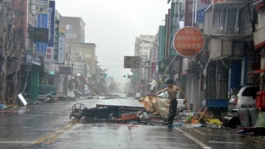 Tajfun Nepartak dotarł do Chin, ewakuowano ponad 422 tysiące osób -7