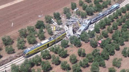 Włochy - Dwa pociągi pasażerskie zderzyły się czołowo -4