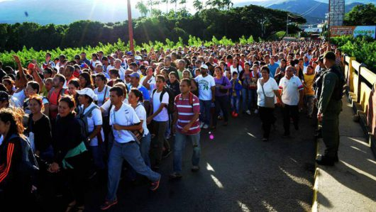 Wenezuela - Z powodu katastrofalnego kryzysu ekonomicznego władze Kolumbii otworzyły granicę
