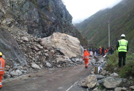 Chivay, Peru - Trzęsienie ziemi o sile 5.4, zawaliło się co najmniej 120 budynków