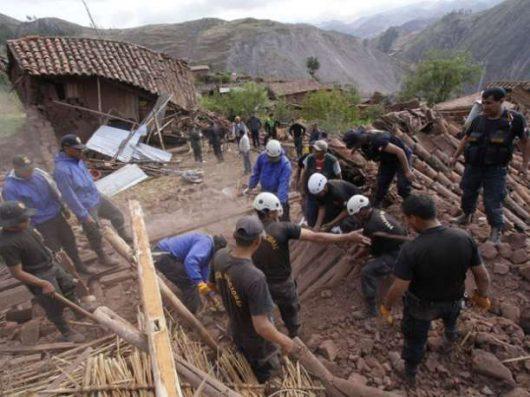 Chivay, Peru - Trzęsienie ziemi o sile 5.4, zawaliło się co najmniej 120 budynków -8