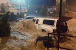 Ellicott City, USA - W ciągu zaledwie dwóch godzin ulewnego deszczu spadło 150 l_mkw -6