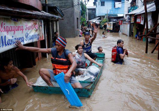 Filipiny - Siedemdziesiąt tysięcy osób ewakuowanych -1