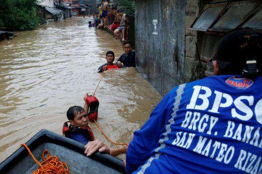 Filipiny - Siedemdziesiąt tysięcy osób ewakuowanych -2