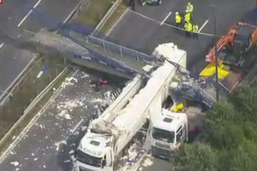 Kent, UK - Zawalił się wiadukt na autostradę M20 -7