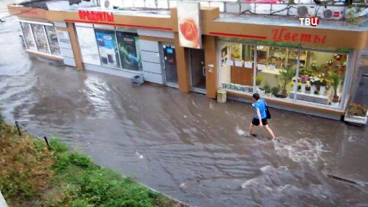 Rosja - Moskwa pod wodą, największa ulewa od 137 lat -10