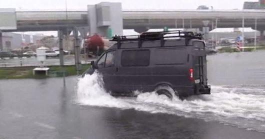 Rosja - Moskwa pod wodą, największa ulewa od 137 lat -16