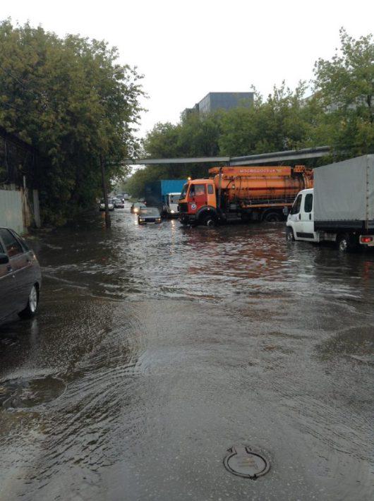Rosja - Moskwa pod wodą, największa ulewa od 137 lat -8