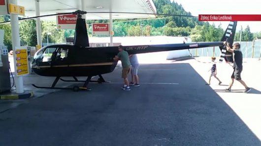 Słowacja - Helikopter zatankował na stacji benzynowej -3