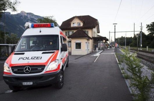 Salez, Szwajcaria - Polał wagon łatwopalną cieczą i podpalił, następnie zaatakował nożem pasażerów -2