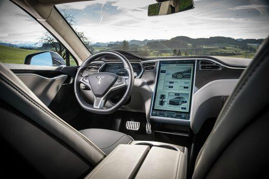 Samochód elektryczny Tesla Model S P100D -2