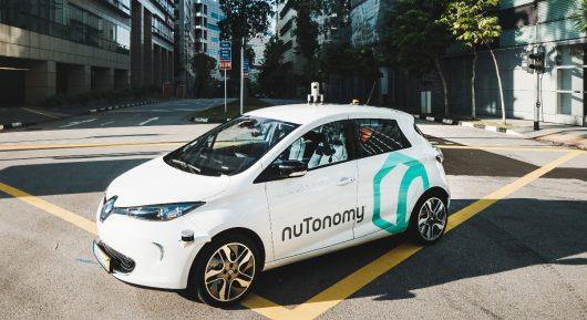 Singapur - Pierwsze na świecie autonomiczne taksówki wyjechały na drogi
