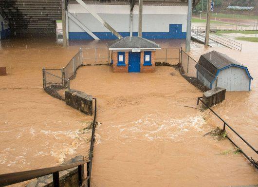 Statesville, USA - Gwałtowna powódź w Karolinie Północnej -5