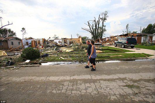 USA - Tornada zniszczyły ponad 50 domów w Kokomo w stanie Indiana -10