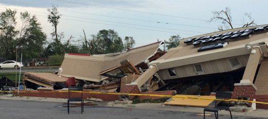 USA - Tornada zniszczyły ponad 50 domów w Kokomo w stanie Indiana -7