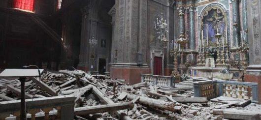 Włochy - Bardzo płytkie i silne trzęsienie ziemi, magnituda 6.2 -15