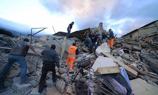 Włochy - Bardzo płytkie i silne trzęsienie ziemi, magnituda 6.2 -4