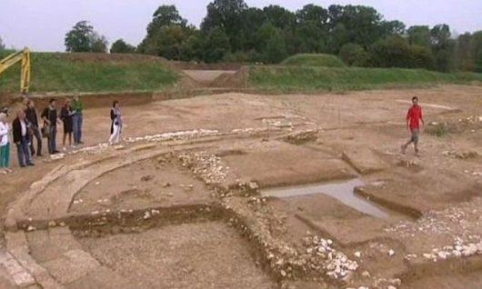 W miejscowości Monchy-Lagache archeolodzy odkryli nekropolię z dynastii Merowingów z VI wieku. Foto: Picardie