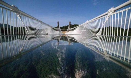 Zhangjiajie, Chiny - Otwarto najwyższy szklany most na świecie -9