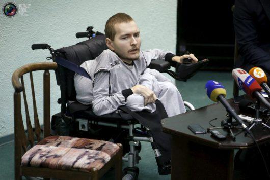 31-letni Valery Spiridonov, od dzieciństwa cierpiący na nieuleczalny, genetyczny rdzeniowy zanik mięśni