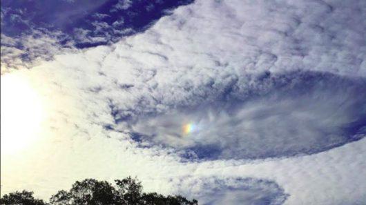 dziurawe-chmury-nad-wielka-brytania-9