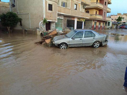ulewny-deszcz-w-egipcie-26-ofiar-powodzi-blyskawicznych-10