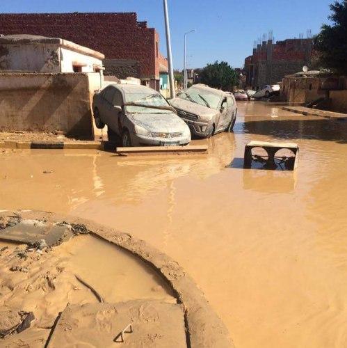 ulewny-deszcz-w-egipcie-26-ofiar-powodzi-blyskawicznych-12