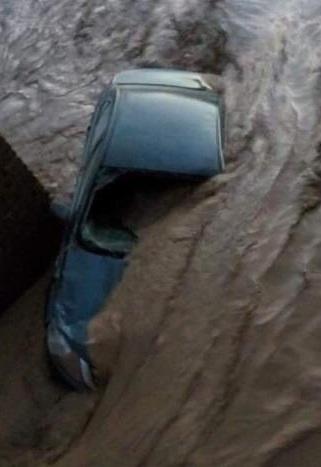 ulewny-deszcz-w-egipcie-26-ofiar-powodzi-blyskawicznych-16
