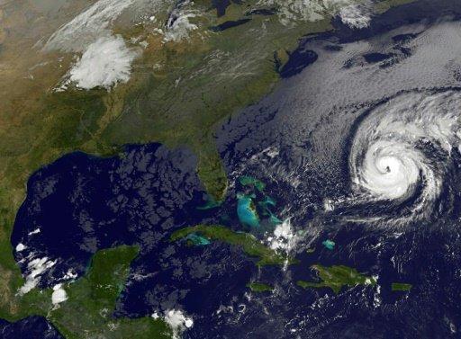 w-kierunku-bermudow-zmierza-huragan-nicole